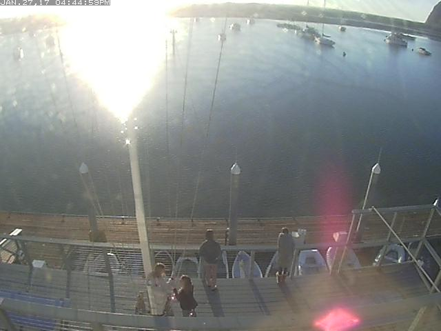 Morro Bay Yacht Club Webcam - the picture will update in 60 seconds